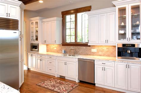 raised panel cherry kitchen cabinets