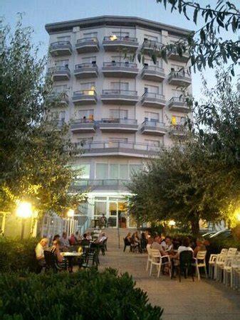 gabbiano senigallia hotel gabbiano bewertungen fotos senigallia italien