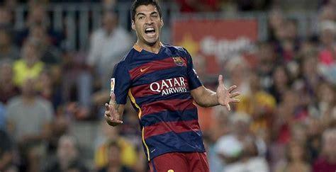 Jaket Bola Barcelona Artis Messi Terbaru luis suarez mengaku kaget bisa mencetak delapan gol dalam dua laga indolah