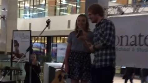 ed sheeran fan club watch ed sheeran heard a fan singing his song in a mall