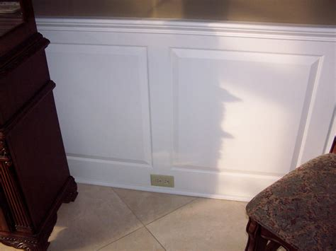 Mdf Raised Panel Wainscoting by Raised Panel Wainscoting Carpentry Picture Post