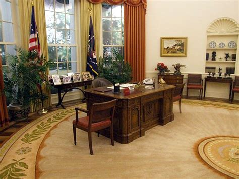oval office wallpaper president ronald reagan oval office carpet nazmiyal
