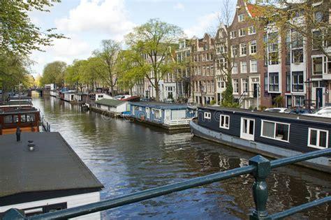 vergunning woonboot nederland amsterdam woonboot stock foto afbeelding