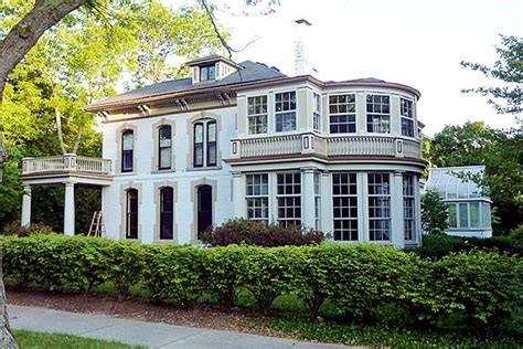 Houses For Sale Highland Park by An Italianate Sale In Highland Park Chicago