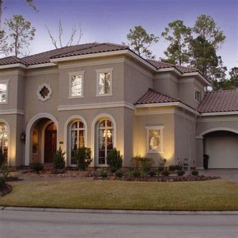 stucco home designs best 25 stucco houses ideas on pinterest stucco house