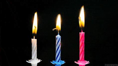 Happy Birthday Candle Lilin Musik Happy Birthday happy birthday gif find on giphy