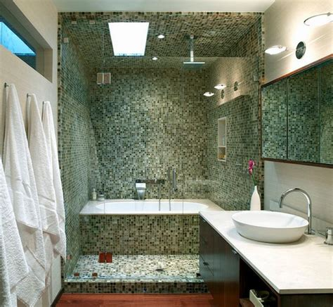 bathtub and shower combo how you can make the tub shower combo work for your bathroom