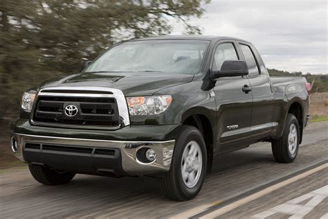 Toyota Tundra Fuel Economy 2013 Toyota Tundra Gas Mileage The Car Connection