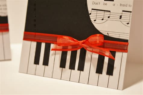 Piano Papercraft - i hold all the cards papercraft planet feature piano card