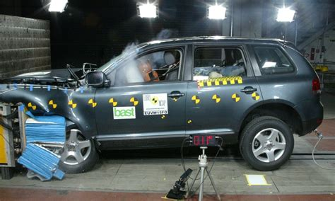 volkswagen touareg mar 2005 jul 2011 crash test results ancap