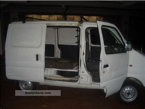 suzuki box truck suzuki carry 2005 box type delivery van high photo and specs