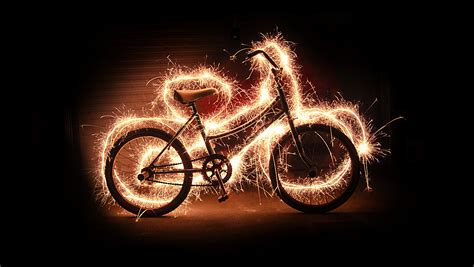 Painting With Light | amazing light painting photography girly design blog
