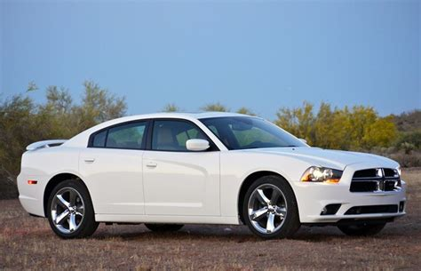 2012 dodge charger issues 120 000 chrysler 300 and dodge charger models recalled