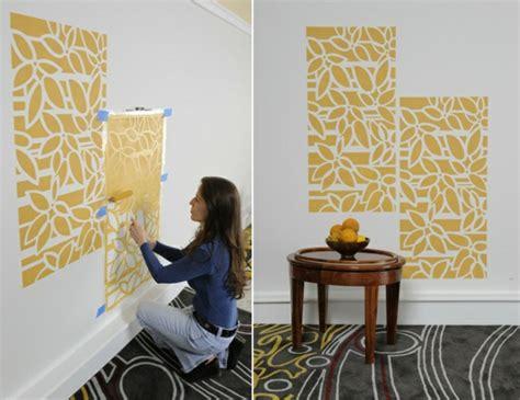 bathroom wall stencil ideas w 228 nde streichen 24 kreative ideen mit wandschablonen