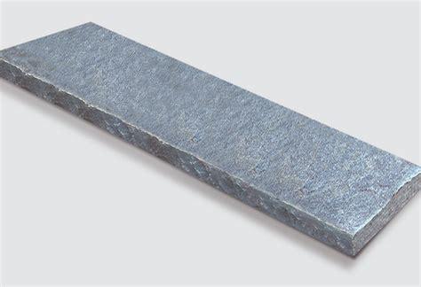 Granit Abdeckplatten Preis by Abdeckplatten Aus Maggia Gneis Gespalten Atlas Natursteine