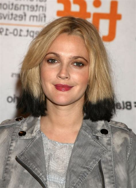 2015 hairstyle fir mom drew barrymore celebrity medium drew barrymore modern bob hairstyle blonde hair with