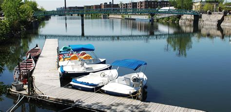 pedal boat toronto rent kayaks pedal boats voyageurs canoes and electric