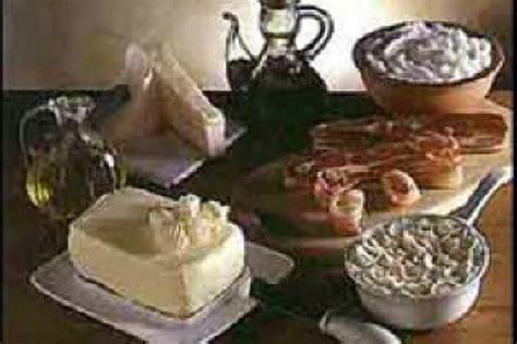 acidi grassi saturi e insaturi alimentazione perch 233 gli acidi grassi saturi fanno focus it