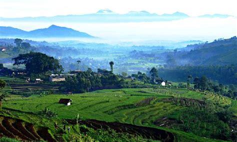 membuat puisi tentang gunung memanfaatkan kekayaan alam indonesia belajar sains dari