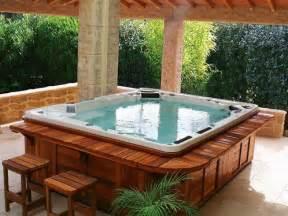 Deck And Patio Ideas For Small Backyards by Spa Pos 233 Infos Sur L Installation D Un Spa Pos 233 Sur Le Sol