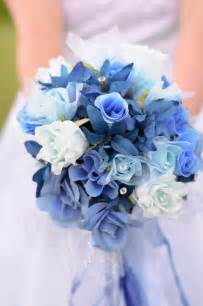 blue wedding bouquets beautiful light blue wedding flowers