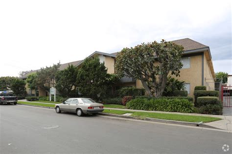 Apartments For Rent Cheviot Los Angeles 3339 S Canfield Los Angeles Ca 90034 Rentals Los