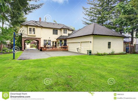 Backyard Garage by Luxury House Backyard View Stock Image Image Of Lawn
