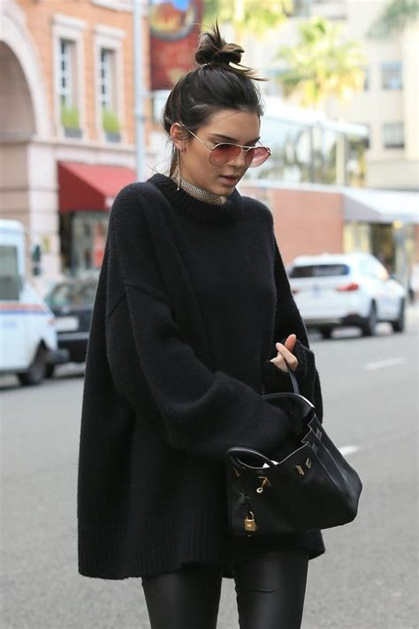 25 all black fall outfits that are anything but basic 17 best images about street style on pinterest hailey