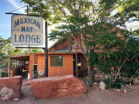 swinging steak mexican hat rustic motel in mexican hat utah picture of mexican