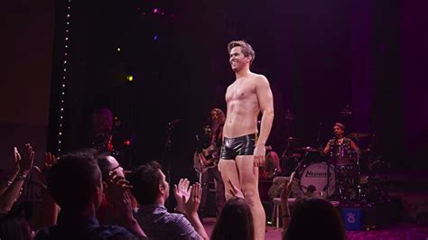 andrew and the angry inch hedwig 5 times andrew rannells completely blew our minds at