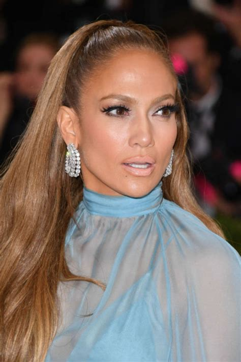 Jlo Takes It Easy by 11 Easy Ponytail Hairstyles Best Ideas For Ponytail Styles