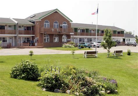 cape breton inns laurie s motor inn prices motel reviews chetic
