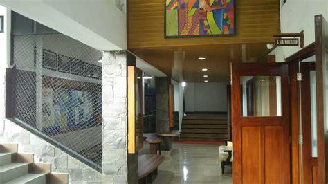 Tempat Aborsi Legal Kota Jakarta Pusat Daerah Khusus Ibukota Jakarta Project Canisius College Counseling Corridor Desain