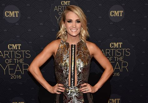 Carrie Underwood Detox by Carrie Underwood S Favorite Foods For A Fit Health