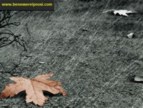 sognare pioggia in casa sognare la pioggia significa significato dei sogni