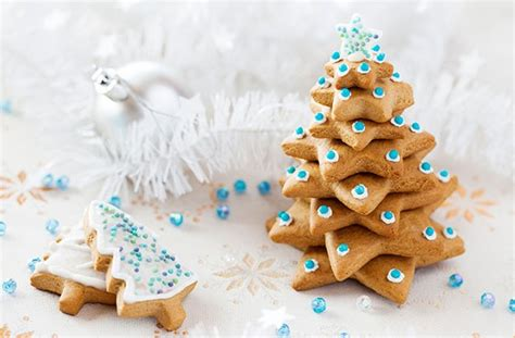 Christmas biscuits and cookies   Iced gingerbread tree   goodtoknow