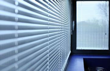 jaloezieen goedkoop op maat aluminium jaloezie 235 n goedkoop op maat mijnraamdecoratie nl