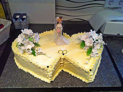 Hochzeitstorte Buttercreme by Hochzeitstorte Biskuit Buttercreme Torte Rezept Mit