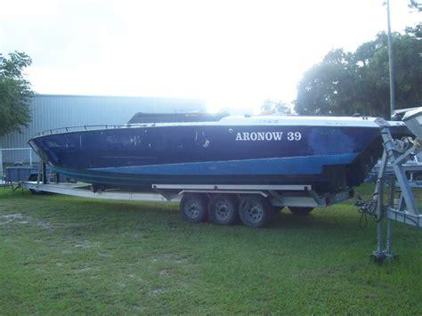 catamaran cigarette boats for sale don aronow cigarette catamaran 39 blue thunder u s