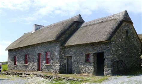 dingle cottages famine cottages dingle ireland address phone