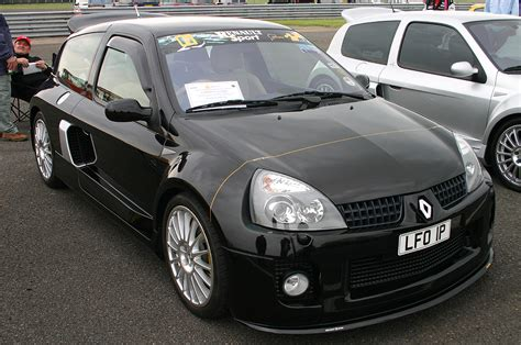 renault clio 2000 2000 renault clio sport v6 related infomation