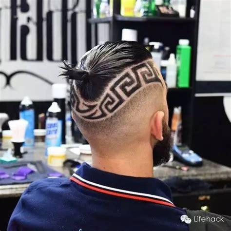 greek boy haircut 欧美时尚icon都在玩雕花发型 简直帅炸