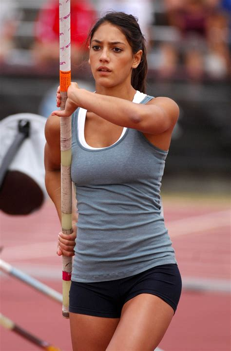allison stokke pole vault allison stokke 40 photos 07 gotceleb
