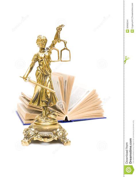 libro justicia ciega la trama estatua de bronce de la justicia y del libro foto vertical imagenes de archivo imagen 30968244