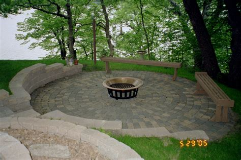 Brick Patio Designs Casual Cottage Patio Paver Ideas