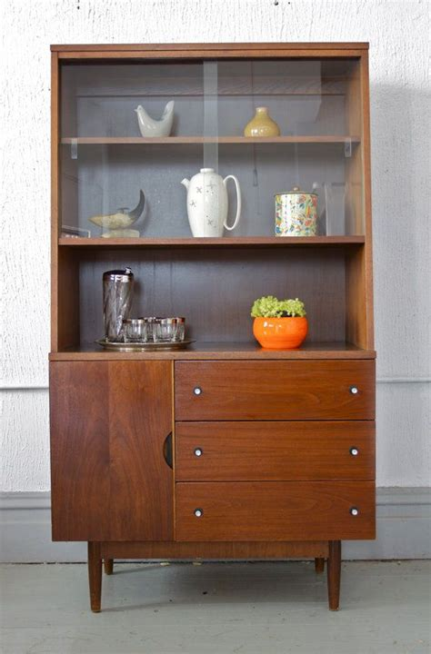 stanley furniture bar cabinet mid century modern stanley hutch china or liquor