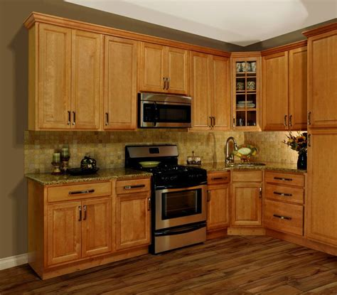 Honey Kitchen Cabinets Image For Superb Honey Oak Cabinets With Wood Floors 16 Golden Oak Cabinets With