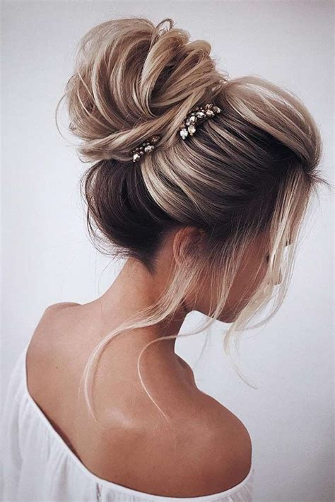 30 super cute christmas hairstyles for long hair amazing