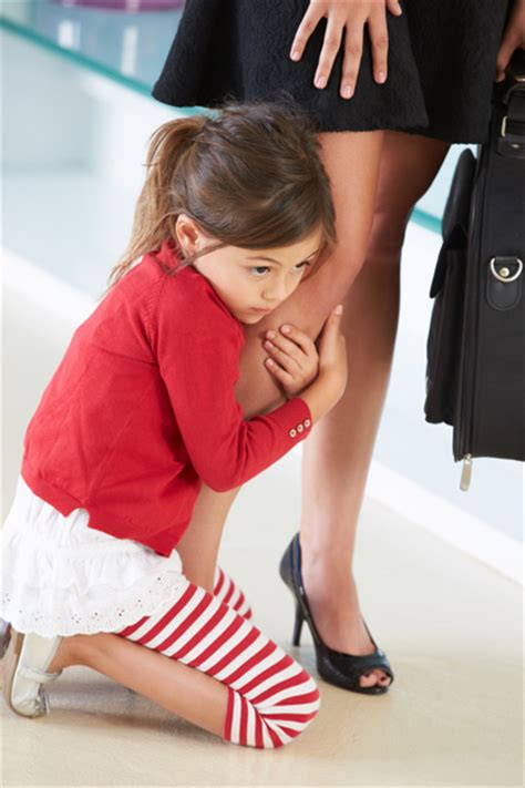 how to crate a with separation anxiety separation anxiety how to help your child and you let go and enjoy nursery