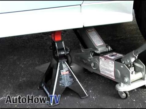 where to put a st how to raise or lift your car onto stands autohow tv